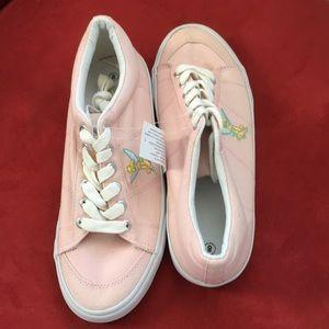 NWT Disney Tinker Bell Sneakers
